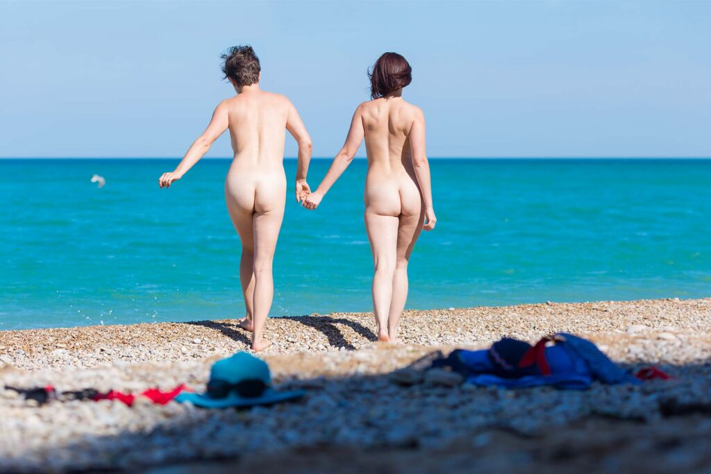 Nudismo, Filicudi, LGBT friendly, vacanze LGBT, Eolie, Privacy